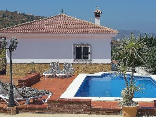 "Comfortable holiday house with private swimming pool in ""La Axarquia"""