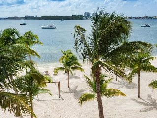 Bright, Spacious and Comfortable Duplex with Lovely Views on the Simpson Bay Lag