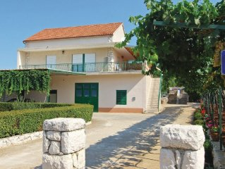 2 bedroom accommodation in Dubrava