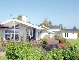 3 bedroom accommodation in Bogo By