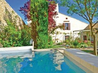 3 bedroom accommodation in Grignan