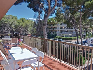 4 bedroom accommodation in Las Maravillas
