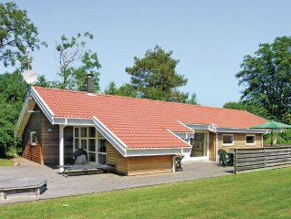 4 bedroom accommodation in Aakirkeby