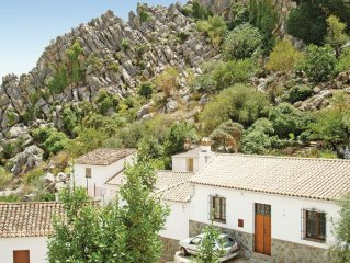 2 bedroom accommodation in Montejaque