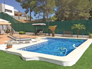 3 bedroom accommodation in Canyelles