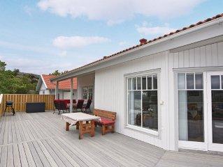 3 bedroom accommodation in Hamburgsund
