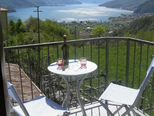 Holiday apartment Casa Ebe above Gravedona  with fantastic view of the lake