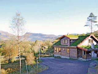 10 bedroom accommodation in Eikelandsosen