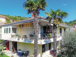 2 bedroom accommodation in Portoroz