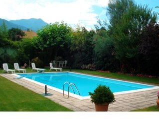 Holiday Apartment for 2-5 persons with pool, only 5 minutes walk  away from the