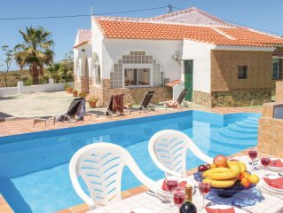 3 bedroom accommodation in Velez Malaga
