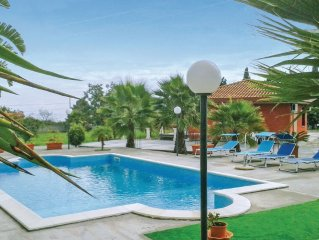 3 bedroom accommodation in Giarre CT