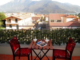 Apartment in Gravedona. The promenade and beach is about 300 meters away