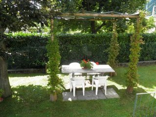 Holiday home Casa Fiorita with garden, only about 200 meters from the lake