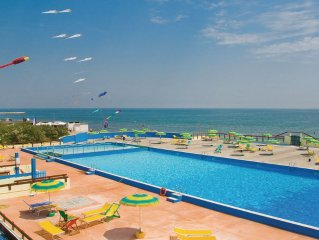 2 bedroom accommodation in Rosolina Mare RO