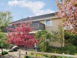 4 bedroom accommodation in Grundsund