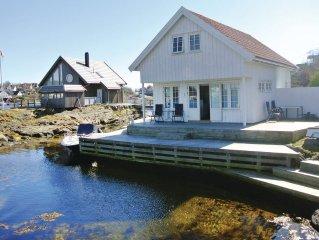5 bedroom accommodation in Flekkeroy