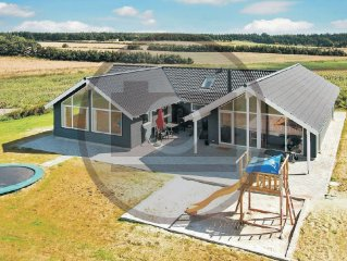 5 bedroom accommodation in Bogense