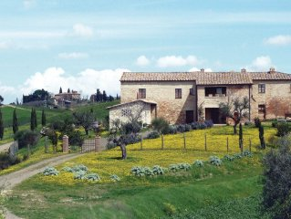 2 bedroom accommodation in San Giovanni d'Asso SI