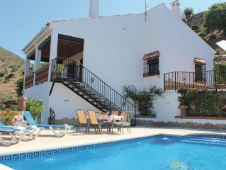 3 bedroom accommodation in Alora-El Chorro