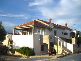 2987 A1(4) - Supetar, Island Brac, Croatia