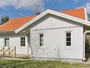 4 bedroom accommodation in Fjallbacka