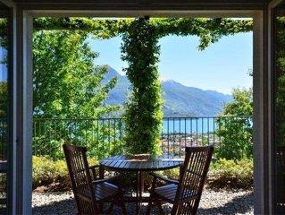 Apartament in Rustico-Landhaus mit grosser uberdachter Terrasse, Pool  und schon