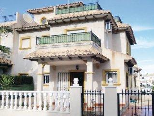 3 bedroom accommodation in Orihuela Costa