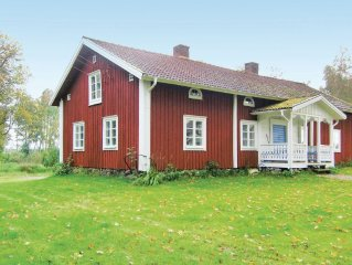 3 bedroom accommodation in Almhult