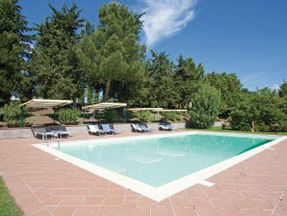 2 bedroom accommodation in Radicondoli SI