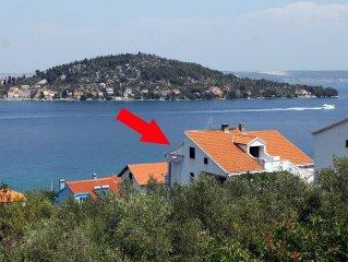 Apartment in Kali (Ugljan), capacity 4+2