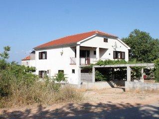 Apartment in Sali (Dugi otok), capacity 2+1