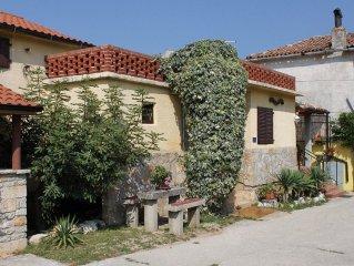 House in Rakotule (Sredisnja Istra), capacity 6+2