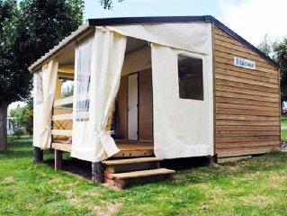 Camping Pascalounet** - Bungalow Toilé 3 Pièces 5 Personnes