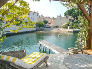 House 4 persons  et  9 m mooring Port Grimaud