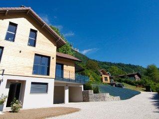 TALLOIRES-BLUFFY MAISON CONTEMPORAINE - Vue lac - Maison pour 8 personnes a Bluf