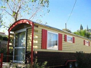 Camping L'Etang du Pays Blanc*** - Roulotte 2 Pieces 4 Personnes