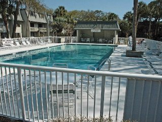 Surf Court 46 - Updated 3 bedroom Townhouse - 1 block to the Beach