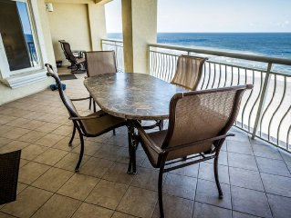 The Mahi Oceanfront -Lancelot's Castles Family of Vacation Homes-