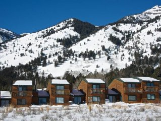 3bd/3.5ba Eagles Rest 5: 3 BR / 3.5 BA condominiums in Teton Village, Sleeps 6