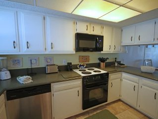 2BR / 2BA - Gulf front with beautiful views of the Gulf and pool