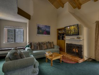 Greenwood: 3  BR, 2  BA Townhouse in Carnelian Bay, Sleeps 8