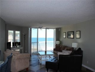 Oceanfront Condo, Gated Community, tons of amenities and amazing scenery!