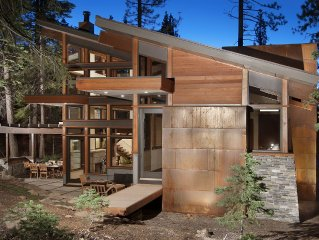 Contemporary 4 BR Home Redefines Luxury Mountain Living in Tahoe Donner