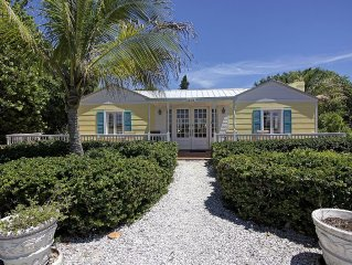 Beautifully renovated 1940s Captiva Island Beachfront Cottage