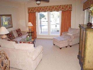 109 Main Sail: 2 BR / 2.5 BA harbourfront villa in Hilton Head Island, Sleeps 6
