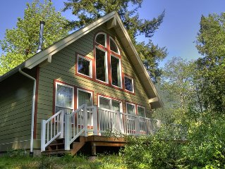 Gorgeous Riverfront Mountain Home Near Stevens! June Special - 15% OFF