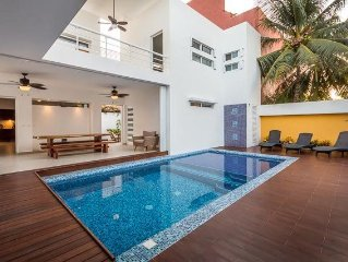 Spectacular Brand New Modern Villa