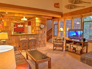 Classic Cabin Charm, Golf Course Condo nextdoor to the Village! Wildflower 9