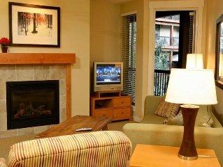 Clean, modern, PET FRIENDLY condo at Winter Park Resort.